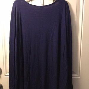 Tops - 3x20 Long navy blue T -Shirt new without tags